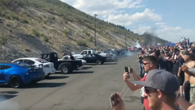 Photo of 170 Cars Doing Simultaneous Burnouts!